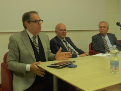 Nella foto di repertorio l'ex presidente dell'Autorità Portuale, Aldo Garozzo