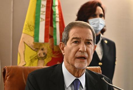 Sicilia Covid – Musumeci, se dati non calano non escludo lockdown: Governatore, siamo preoccupati