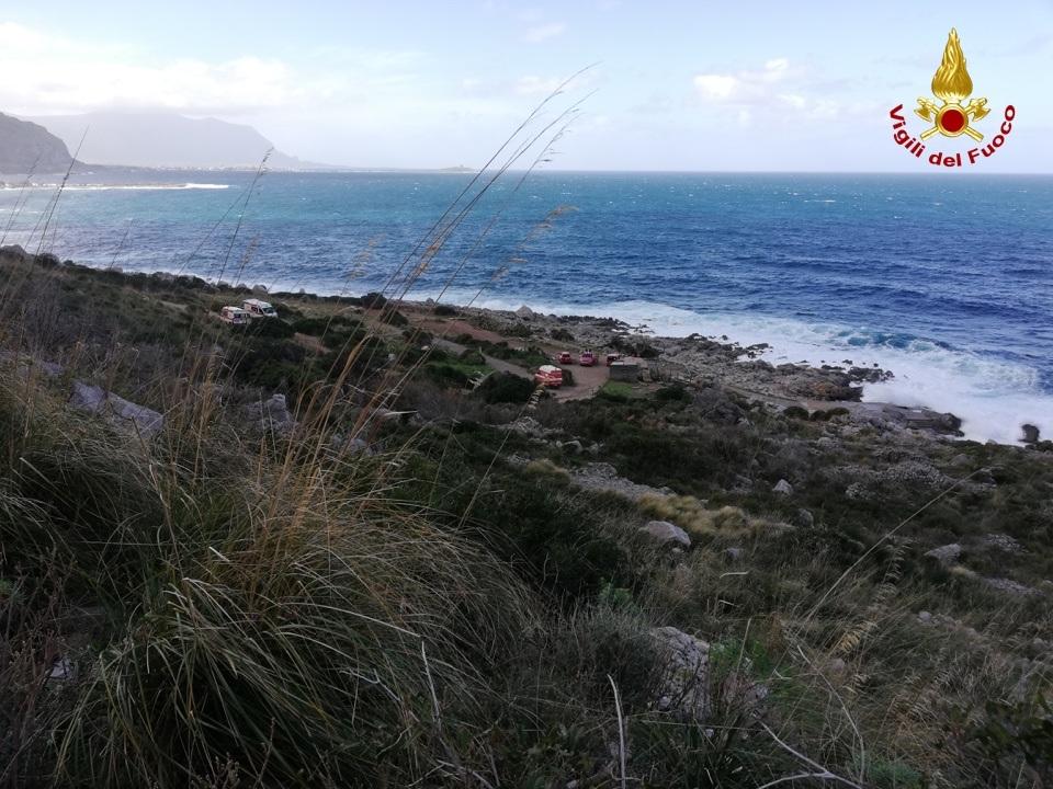 Soccorsi tre giovani escursionisti  persi tra i sentieri della riserva naturale di Capo Gallo Palermo – Video
