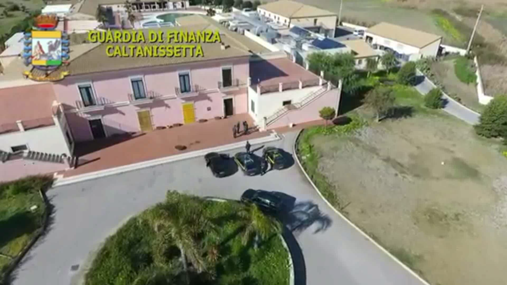 Torre Manfira, sequestrato resort Sikania