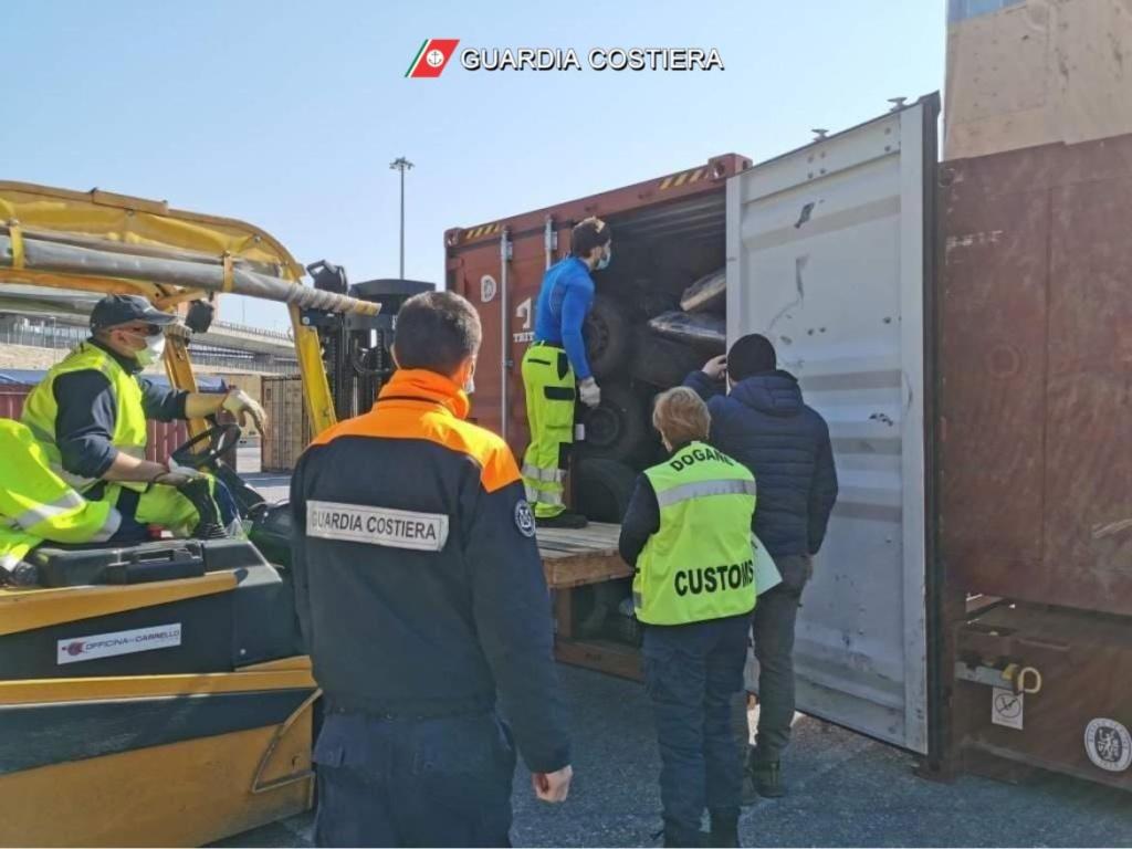 Operazione 30 days: scoperto traffico illegale di rifiuti tra Augusta e la Turchia