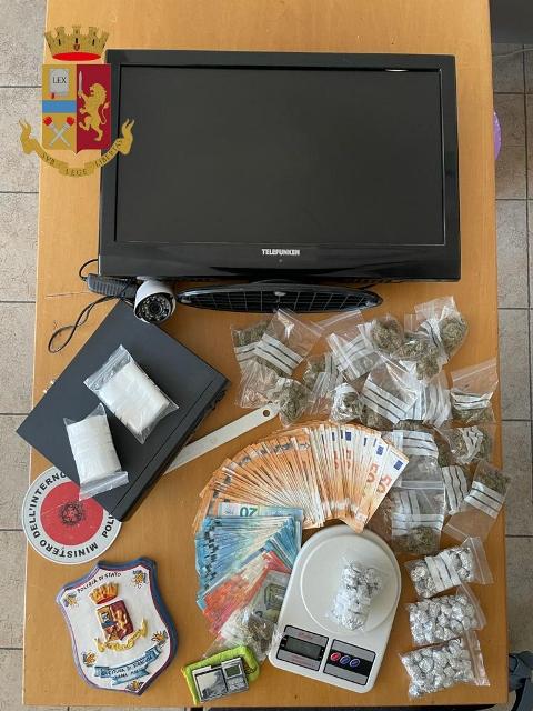 Siracusa – Lotta alle piazze dello spaccio : sequestrate 150 dosi di marijuana