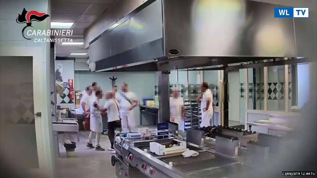 Furti in serie in mensa ospedale, arresti e 36 indagati