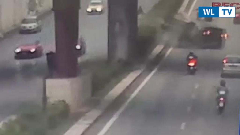Incidente mortale Palermo, il video del violentissimo schianto – Nello scontro sono morte le due ragazze nella Panda che e' sbandata invadendo la corsia opposta