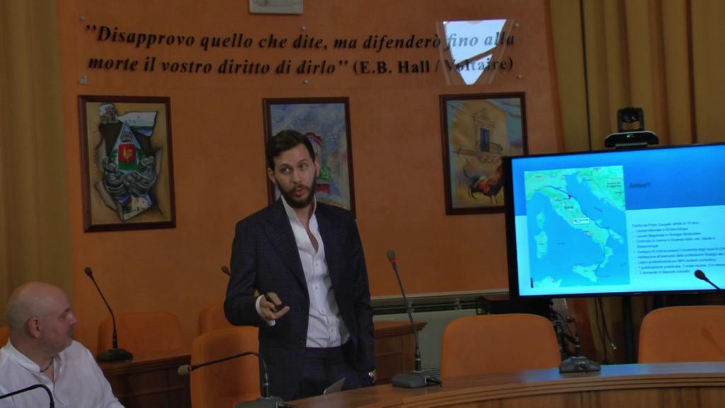 """Priolo, l""""inventore Aliano ricevuto al palazzo comunale"""