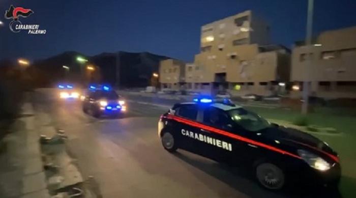 Droga: traffico tra Spagna e Palermo, otto arresti dei Cc