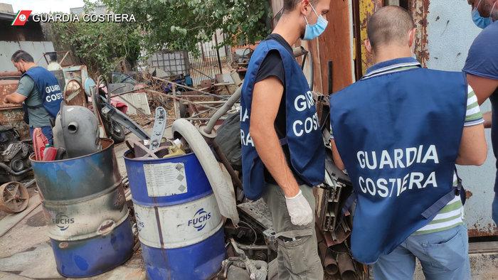 Guardia costiera Catania sequestra maxi discarica abusiva