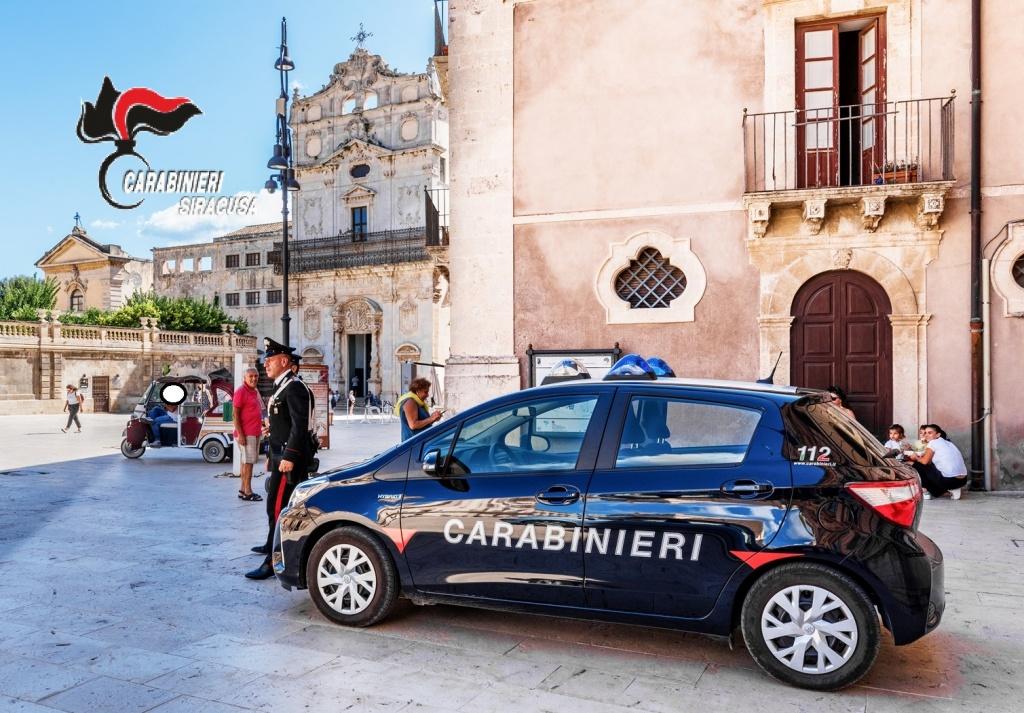 Siracusa , Ortigia  – Trasportava abusivamente i turisti