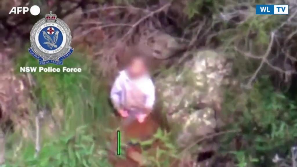 Mondo – Australia, ritrovato bimbo autistico disperso per 3 giorni nel bosco Il piccolo (3 anni) si era smarrito vicino casa e sta bene