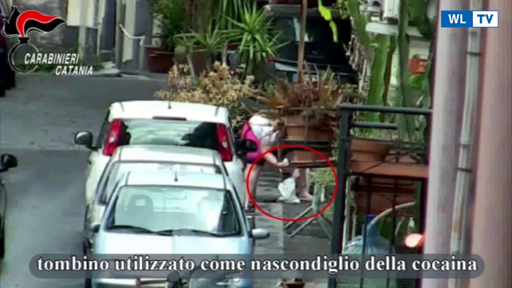 Catania, smantellata piazza di spaccio: coinvolti anche bambini di 10 anni Nel rione San Cristoforo. Incassavano i soldi e indicavano dove ritirare lo stupefacente