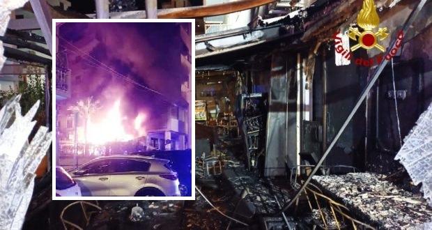 Siracusa – Via Tisia, in fiamme due locali pubblici